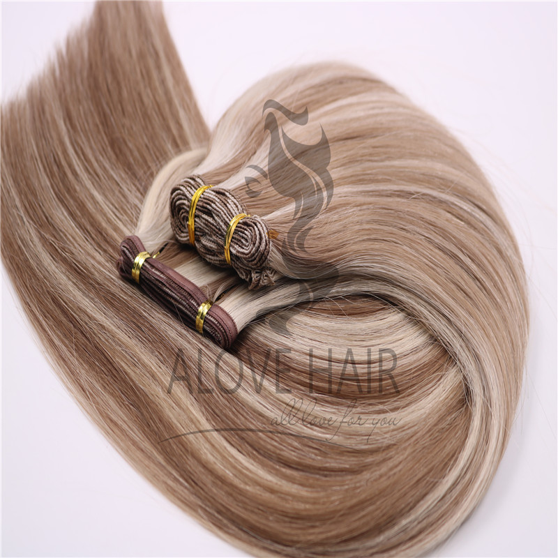 HAND-TIED-EXTENSIONS-VS-FLAT-WEFTS.jpg