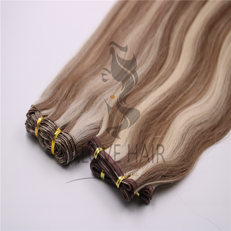 hand-tied-extensions-vs-flat-wefts-extensions.jpg